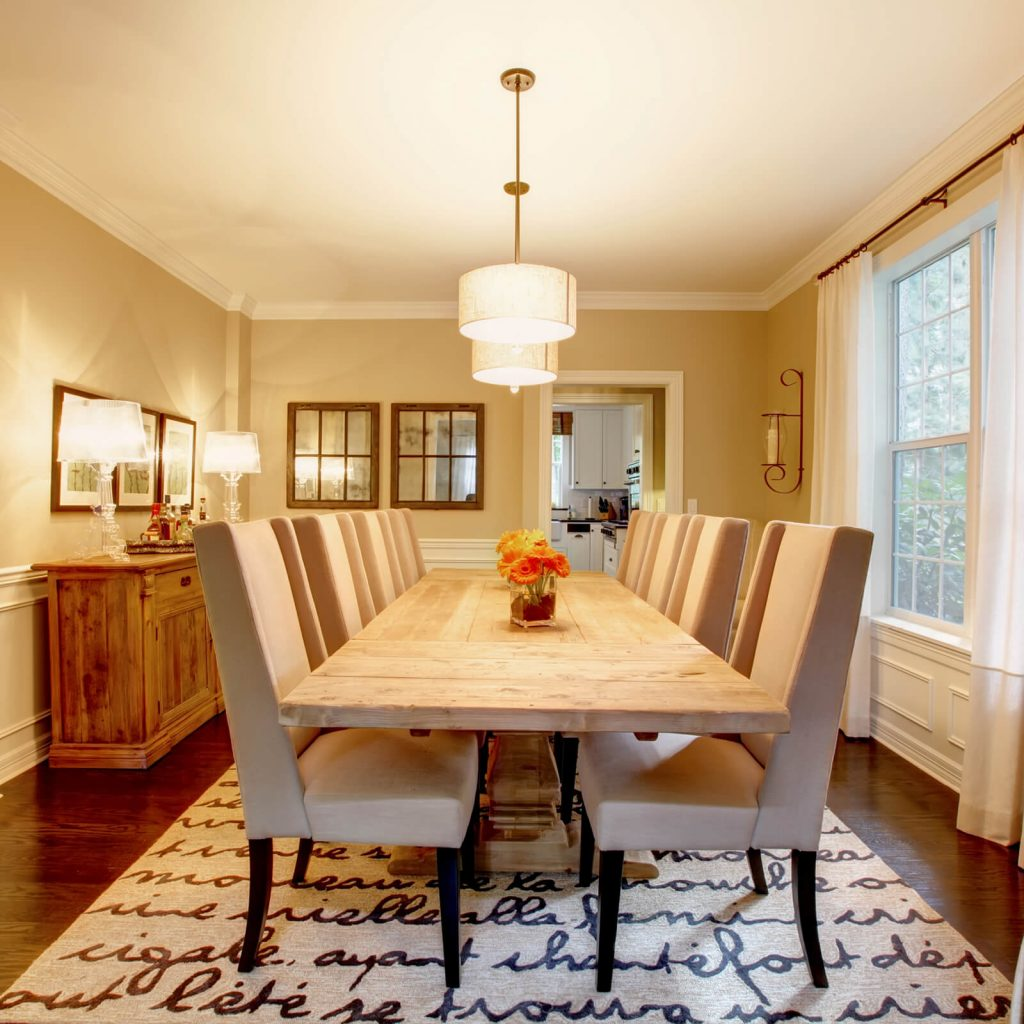 Choosing the Best Rug for Your Dining Room | Gillenwater Flooring
